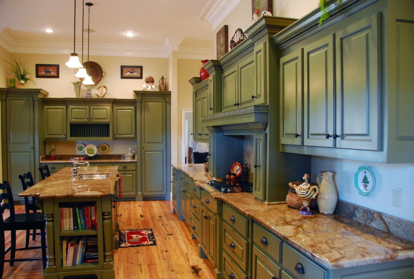 Updated Farmhouse Kitchen